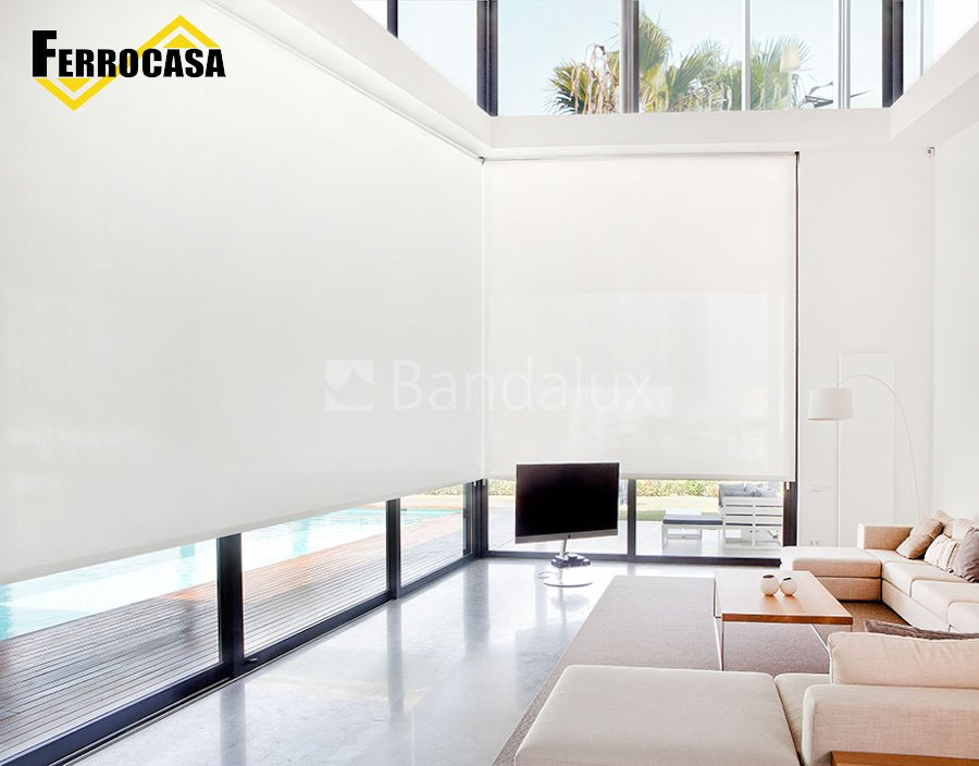 Cortinas para casa decorativas cortinas enrollables for Comedor minimalista